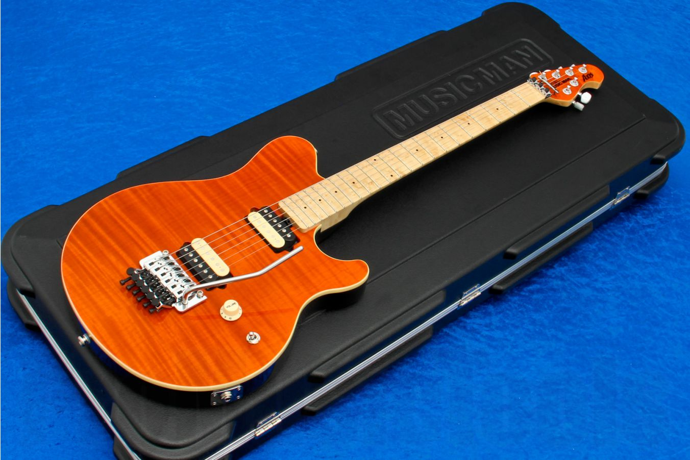 Music Man USA Axis TO - Translucent Orange MH