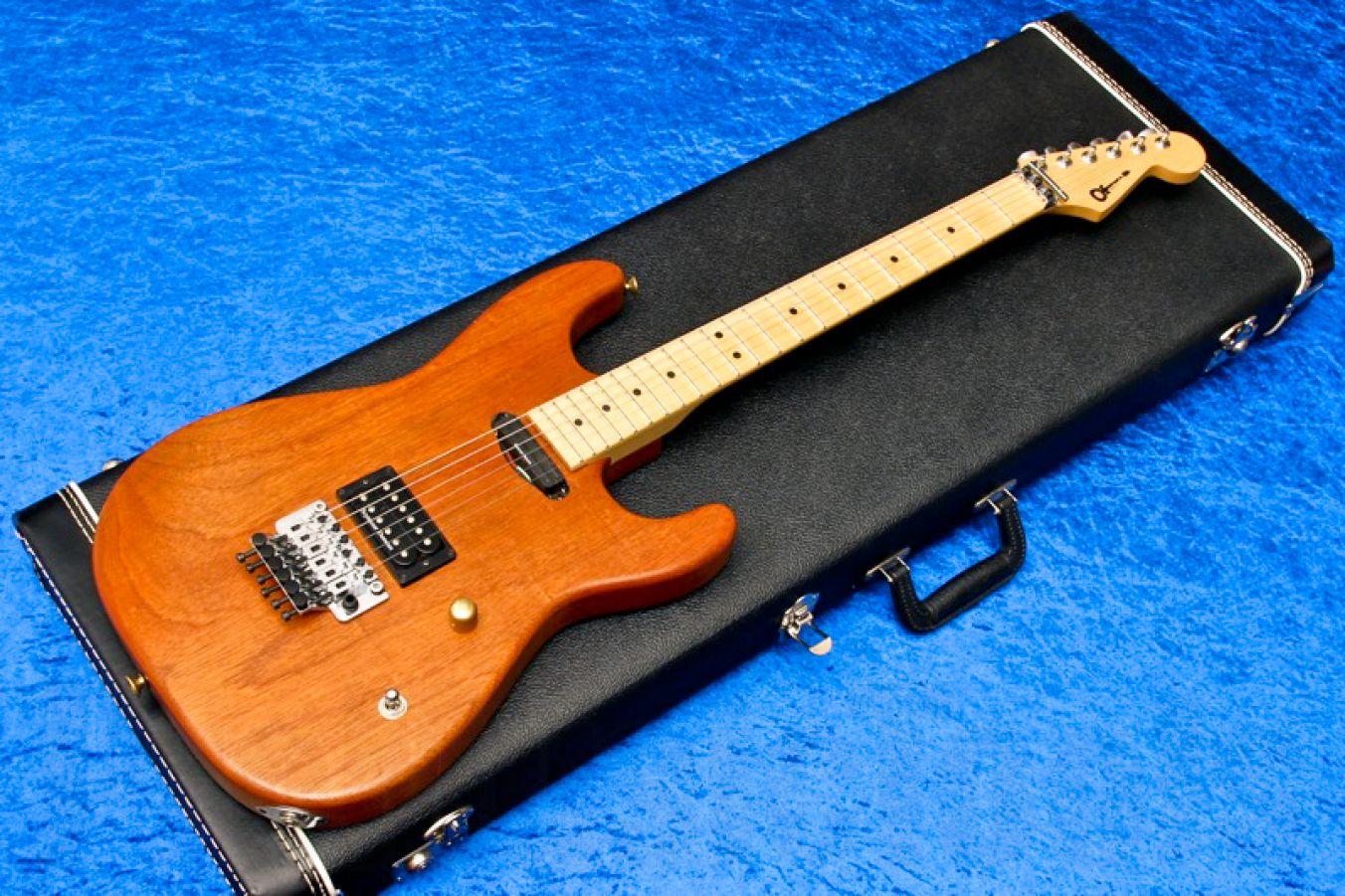 Charvel USA Custom Shop Strat HS - Natural Mahogany