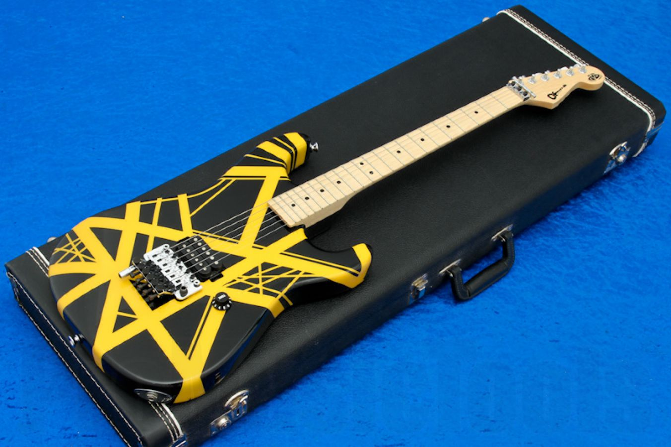 Charvel USA EVH Art Series Custom Shop - Black & Yellow