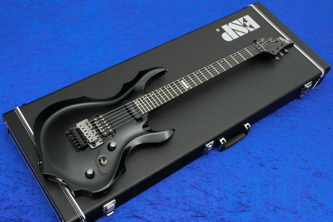 ESP Forest-GT STD Arched BK - Black