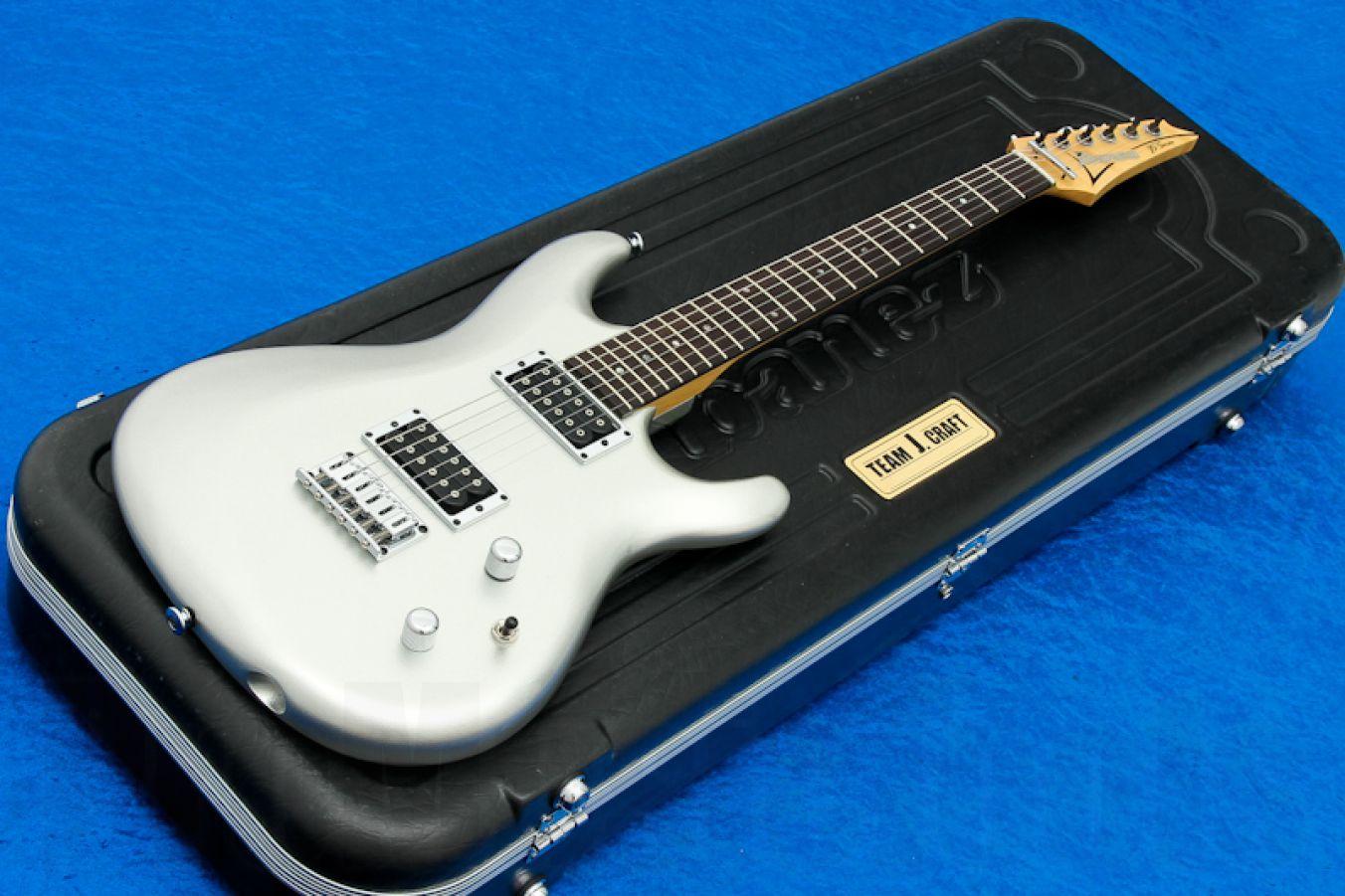 Ibanez JS1600 PSV Prestige - Premium Silver - Joe Satriani Signature