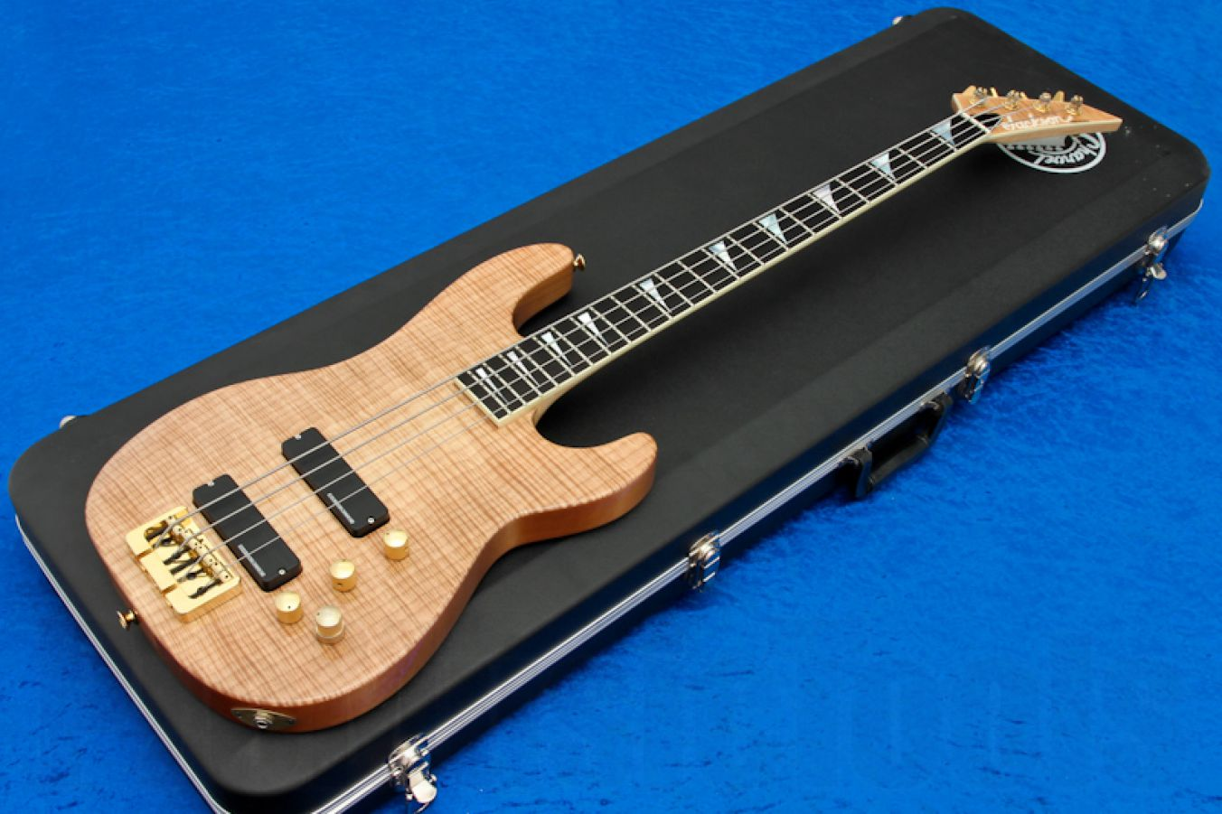 Jackson USA Custom Shop Concert Bass - Natural Flame Maple