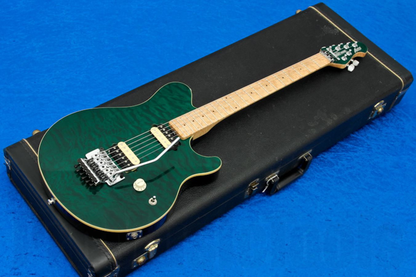 Music Man USA Axis TGN - Translucent Green MH