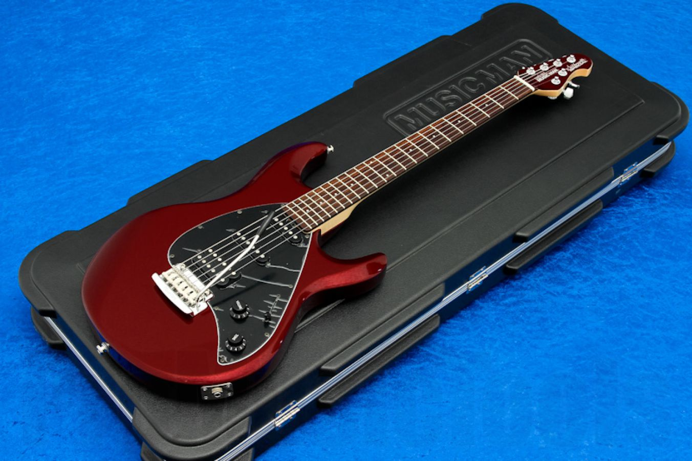 Music Man USA Silhouette Special HSS Trem CR - Candy Red RW MH