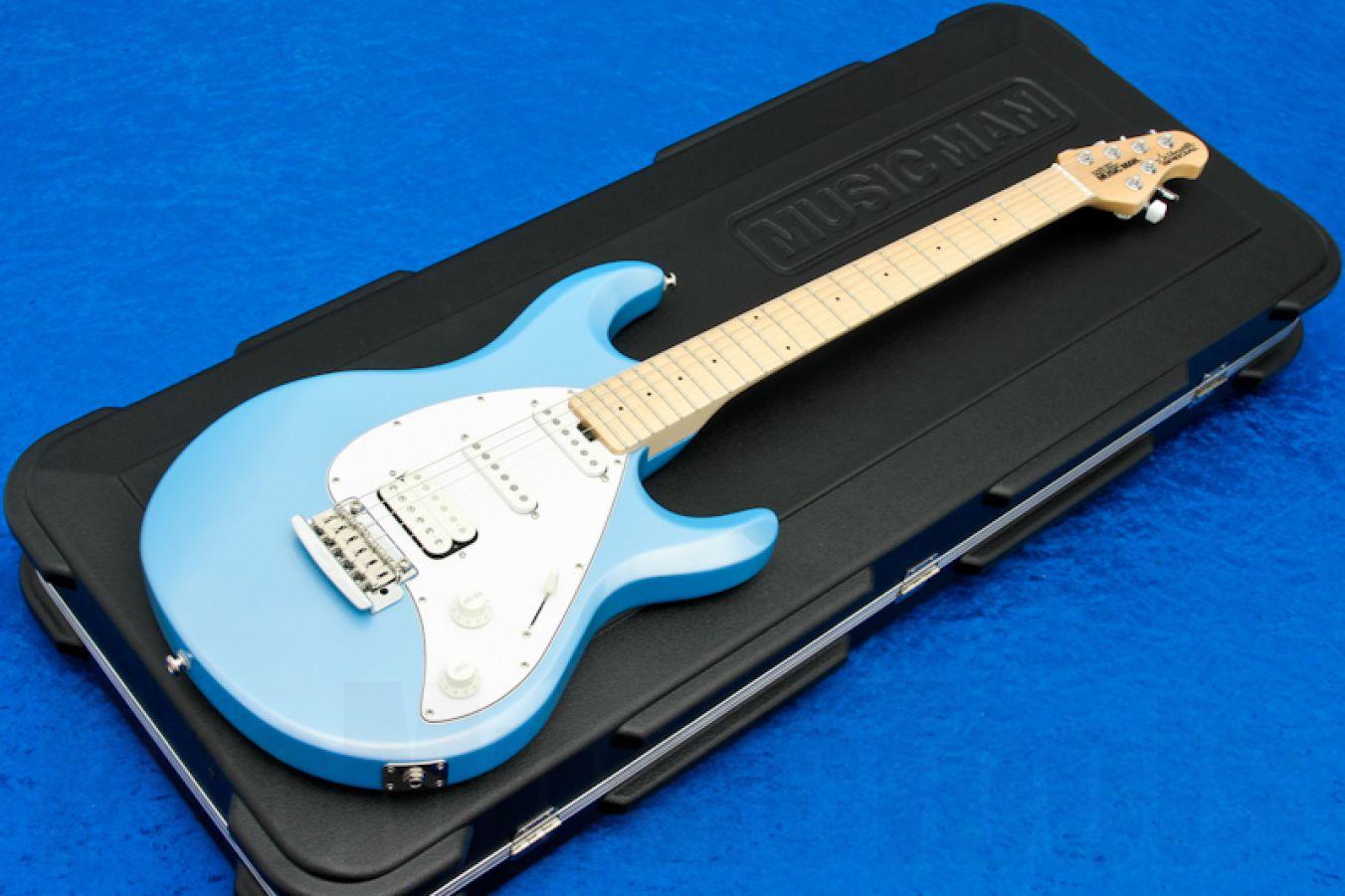 Music Man USA Silhouette Special HSS Trem SKB - Sky Blue MN