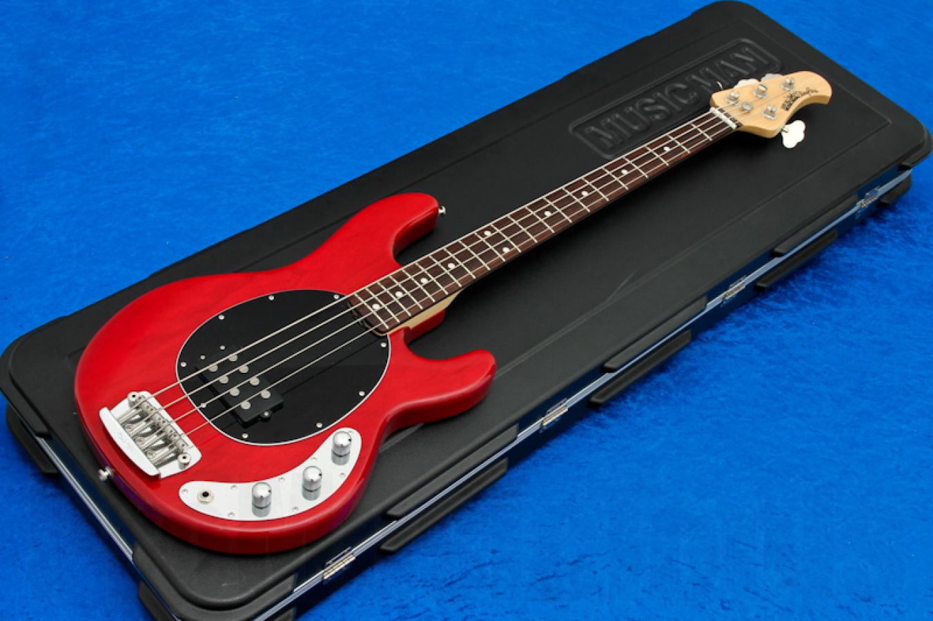 Music Man USA Stingray 4 2EQ TR - Translucent Red RW