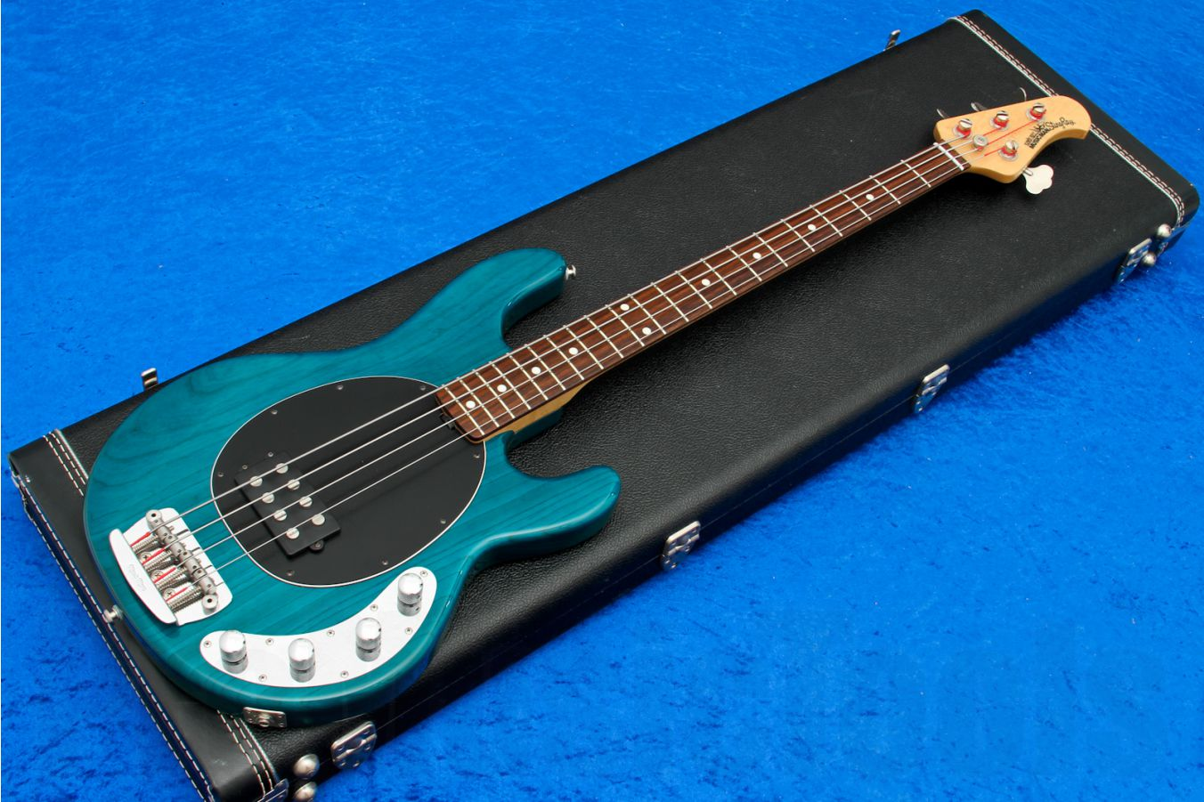 Music Man USA Stingray 4 TT - Translucent Teal RW BKPG