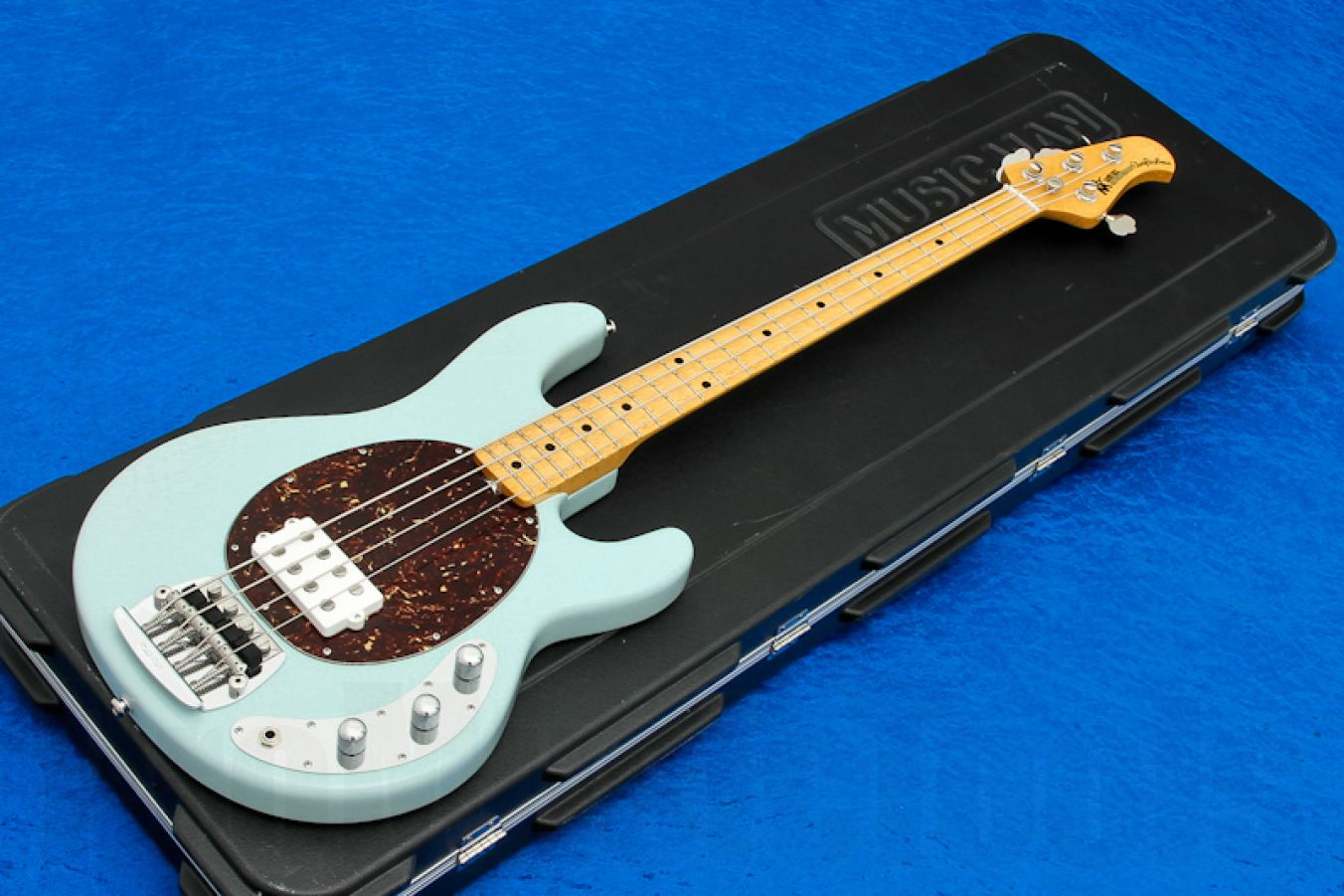 Music Man USA Classic Stingray 4 PWD - Powder Blue MN Birdseye