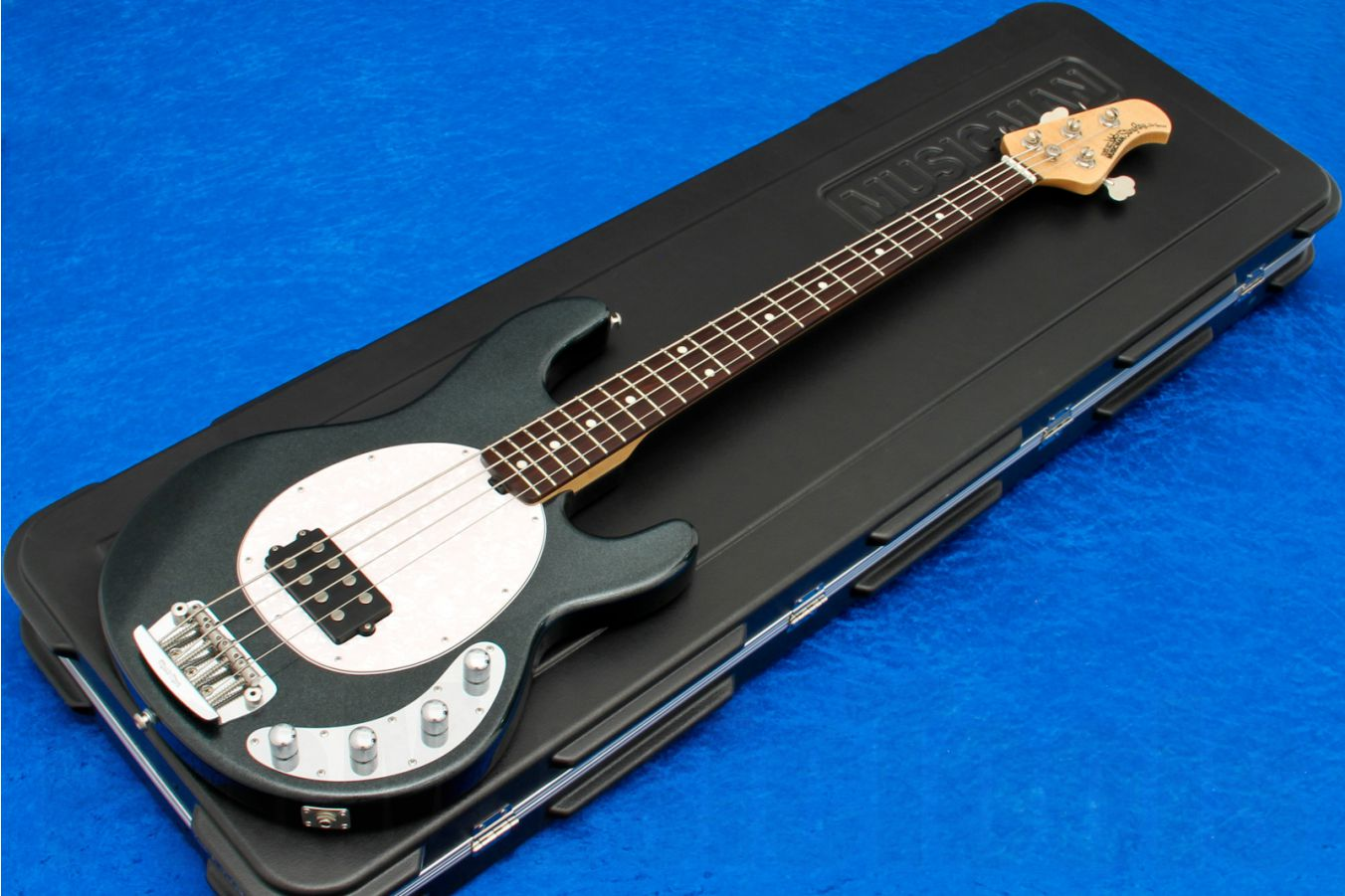 Music Man USA Stingray 4 SLO Special BMC - Black Magic Crystal RW Limited Edition