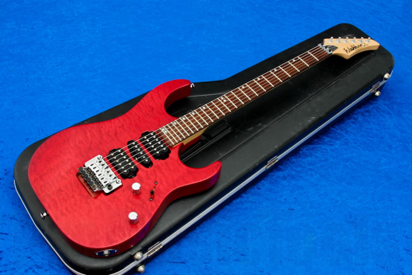 Washburn USA MG-104 trans red