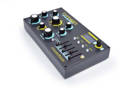 Dreadbox Typhon - Analogue Synthesizer