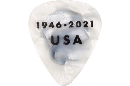 Fender 75th Anniversary Pick Tin (18)